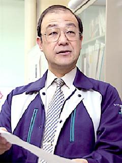 小坂谷壽一 教授